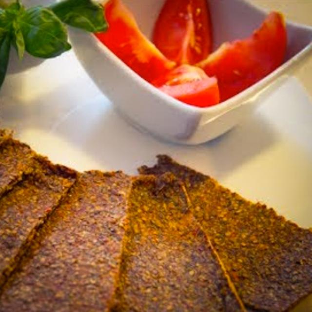 crackers crudisti al pomodoro
