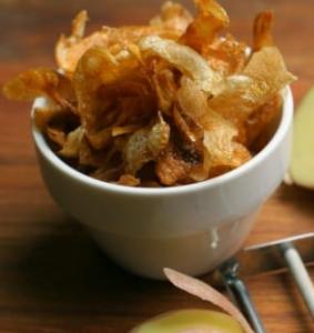 chips di bucce di patatechips di bucce di patate