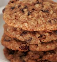 biscotti crudisti avena e uvetta
