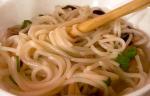 noodle con funghi shiitake