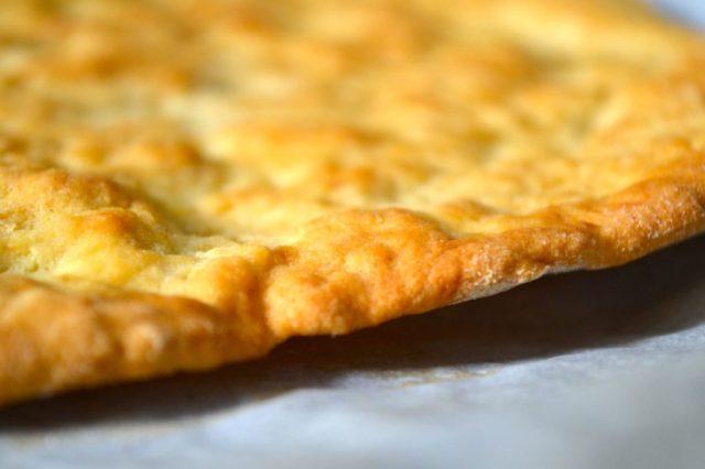 pizza bianca croccante scrocchiarella